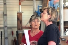 Jolanda und Lilian am Überlegen