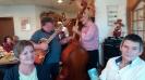 Lilian und Guido mit Musik im Hintergrund