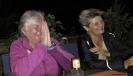 Ingrid und Jolanda können nicht aufhören zu lachen